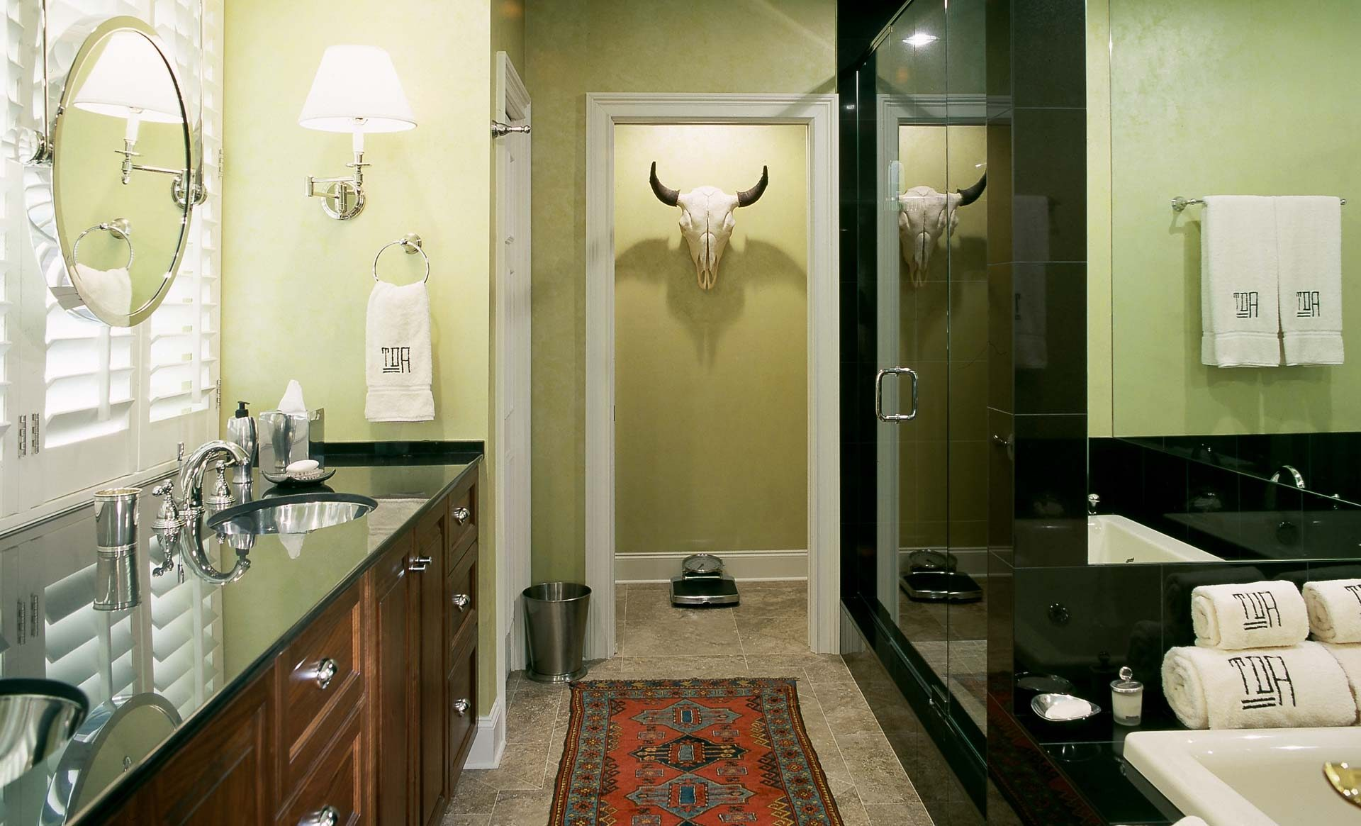 Traditional-Bathroom-No-2